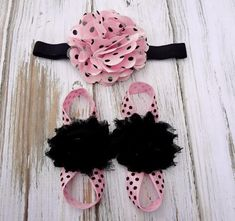 Items similar to Pink and Black Polka Dotted Baby Barefoot Sandals and Headband Set - Newborn Sandals - Baby Sandals - Photography Prop - Baby Headband - on Etsy Baby Sandals, Bare Foot Sandals, Baby Shoes, Crochet Baby Booties, Hat Crochet, Baby Sweaters, Baby Girl Fashion, Baby Headbands, Barefoot
