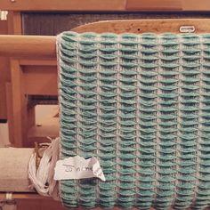 #honeycomb #merinowool #weaving #turquoise