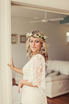 wedding flower crown inspiration001 Wedding Flower Crown Inspiration