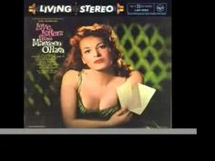"Maureen O'Hara sings ""The Nearness of You"""