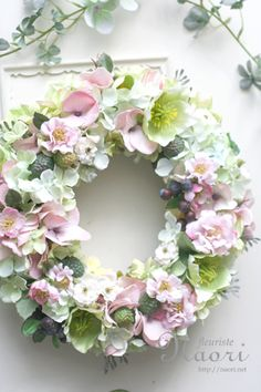 wreath with Hellebores / Rose / Hydrangea / Raspberry Door Wreaths, Grapevine Wreath, Corona Floral, Wedding Reception Flowers, How To Preserve Flowers, Arte Floral, Wreath Crafts, Summer Wreath, How To Make Wreaths