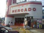 Mercado N°1 de Surquillo N°1 Lima Peru  | Yo Compro En El Mercado de Productores Plaza, Farmers Market, Peru, Marketing, Outdoor Decor, Shopping, Lima Peru, Around The Worlds, Voyage