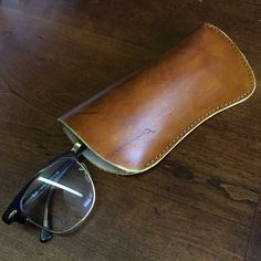 Handmade Hard Leather Eyeglass Sleeve Handsewn от TempleLeatherCo