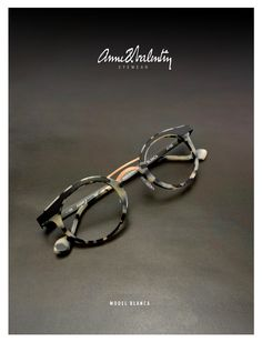Model Blanca - eyewear Anne et Valentin Cool Glasses, New Glasses, Cat Eye Glasses, Glasses Online, Glasses Frames, Fashion Eye Glasses, Eyeglasses For Women, Fashion Moda, Eyewear