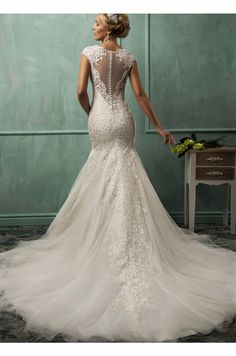 Lace & Tulle Stunning Train Wedding Dress www.findress.com