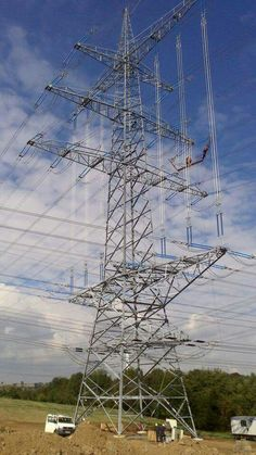 Tower Climber, Transmission Tower, Electrical Installation, Lineman, Climbers, Towers, Infinite, Utility Pole, Mirrors