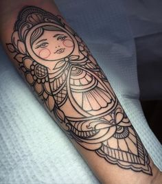 Started this adorable babushka today! Super excited to color this in July! by laurajadetattoos Girly Tattoos, Body Art Tattoos, Tattoo Drawings, Cool Tattoos, Piercing Tattoo, Arm Tattoo, Babushka Tattoo, Gap Filler Tattoo, Badass Girl