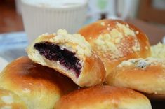 Breakfast Pancakes, Dumplings, Hot Dog Buns, Baking Recipes, Food And Drink, Sweet, Pastries, Breads, Cupcakes