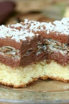 "Ever since I was looking for this recipe, it's just to be saved, Prepare the cake ""Queen . Romanian Desserts, Romanian Food, Sweet Recipes, Cake Recipes, Dessert Recipes, Vegan Desserts, Easy Desserts, Focaccia Bread Recipe, Dessert Drinks"