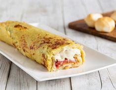 Πεντανόστιμο ρολό πατάτας με τυρί και μπέικον | Jenny.gr Italian Recipes, Vegan Recipes, Food Therapy, Comfort Food, Frittata, Antipasto, Deli, Lasagna, Buffet