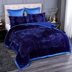 Winter Blankets, Warm Blankets, Bedroom Decor, Bedroom Bed, Bedroom Comforters, Bedroom Ideas, Glam Bedroom, Master Bedrooms, Bedroom Colors
