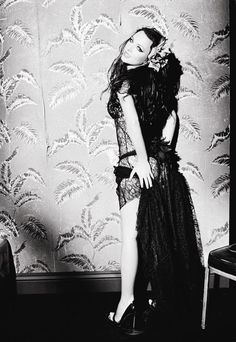 Blackout Promoshoot by Ellen von Unwerth (2007) the Blackout album changed popped and went unnoticed!!!!
