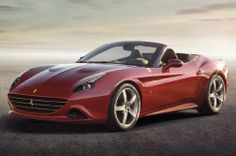 2015 Ferrari California T Front Three Quarters View Photo 12