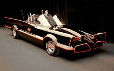 Cool Stuff We Like Here @ CoolPile.com ------- << Original Comment >> ------- A classic Batmobile from the original TV series!