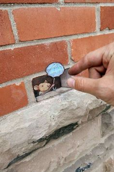 Too clever - wish that I could create this kind of art on our house.