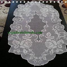 Internet promoting strategies for the business of interior design - Crochet Filet Crochet Books, Crochet Art, Crochet Home, Thread Crochet, Irish Crochet, Filet Crochet Charts, Crochet Doily Patterns, Crochet Doilies, Crochet Table Runner