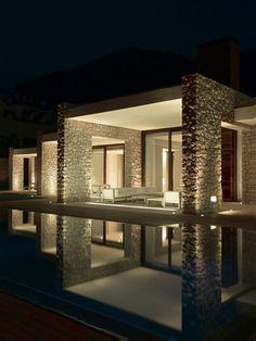 Moderne Terrassengestaltung – 100 Bilder und kreative Einfälle - terrassengestaltung modern weiße sitzecke fenster