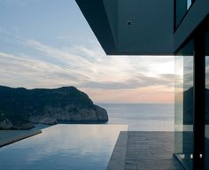 Best Ideas For Modern House Design : – Picture : – Description AIBS House by Atelier d'Architecture Bruno Erpicum & Partners, Ibiza, Spain Infinity Pools, Interior Architecture, Interior And Exterior, Contemporary Architecture, Installation Architecture, Minimal Architecture, Building Architecture, Interior Design, Modern Contemporary