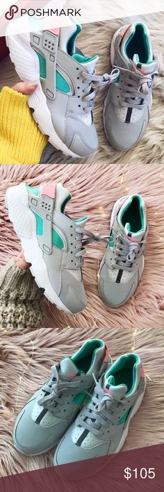 new product 84f2f a3df6 Nike huarache run sneaker New with box sz 6.5Y-womens 7.5 Nike Shoes  Sneakers