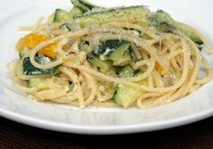 Since the trend to go no-carb, pasta has had a bad rep. But pasta with proper ingredients are good for you. Here are 3 healthy pasta recipes you will love. Easy Penne Pasta Recipes, Healthy Pasta Recipes, Healthy Pastas, Healthy Cooking, Healthy Eating, Recipe Pasta, Zucchini Carbonara, Zucchini Pasta, Great Recipes