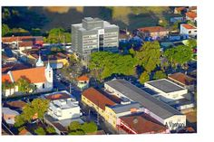 Vista parcial de Jaguariaiva, Cidade Alta - Ao fundo prédio da Prefeitura de Jaguariaiva, também em destaque a Igreja Bom Jesus e a Praça Isabel Branco!