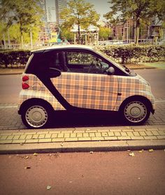 want a smart car so bad! My Dream Car, Dream Cars, Smart Roadster, Counting Cars, Smart Fortwo, Rims For Cars, Yellow Car, Car Gadgets, Car Colors