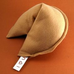 Fortune Cookie Pillow: What a fun idea and an easy DIY with this inspiration.