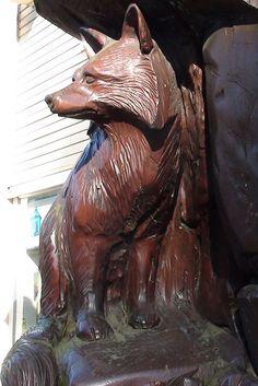 Hope British Columbia: Foxes Carving by Karen Morton's Pics, via Flickr. www.HopeBC.ca Wooden Sculptures, Tree Carving, Roadside Attractions, Wood Carvings, Travel List, Chainsaw, Foxes, British Columbia, Wood Art