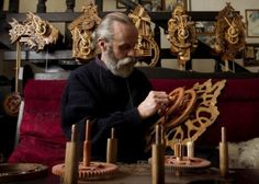 In this day and age, it's hard to imagine someone making accurate clock mechanisms without using a single piece of metal. And yet, Andrey Martyniuk, a woodcarver from Belarus, manages to create intricate clocks exclusively from wooden components.