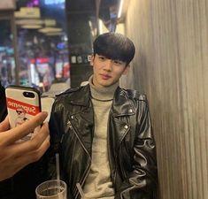 #PDX101 #KIMYOHAN #Yohan #Predebut Cute Korean Boys, Asian Boys, Boyfriend Pictures, My Boyfriend, Ayato, Boyxboy, Ulzzang Boy, Boyfriend Material, Jaehyun
