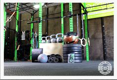 FREE HOME GYM SUBSCRIBE IN THE LINK BELOW ..  HURRY  http://www.endofthreefitness.com/giveaways/garage-gym/?lucky=8950