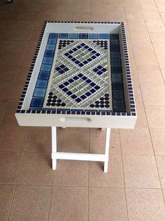 Mosaic Tile Designs, Mosaic Ideas, Mosaic Tray, Tea Tray, Trays, Beauty, Home Decor, Beleza, Homemade Home Decor