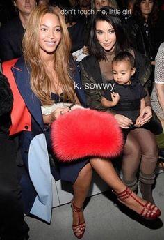 https://i.pinimg.com/236x/62/9a/a9/629aa99720cca100c734743b5c6a4c30--kardashian-jenner-kim-kardashian-and-north.jpg