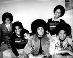 The Jacksons (L-R Michael Jackson, Tito Jackson, Randy Jackson, Jermaine Jackson , Marlon Jackson, and Jackie Jackson.)