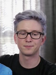 Omg that face is perfect ily Tyler u better marry Troye u twink