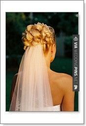 Trendy Wedding Hairstyles Updo With Veil Curls Bridal Hairdos Ideas Wedding Hairstyles For Medium Hair, Veil Hairstyles, Natural Hairstyles, Hairstyles Pictures, Wedding Hair And Makeup, Bridal Hair, Hair Wedding, Prom Hair, Hair Magazine