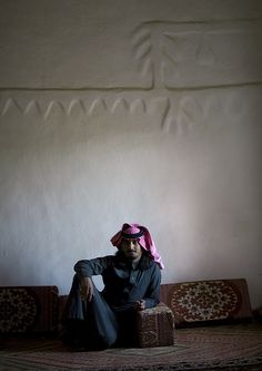 Inside Emara Palace in Nejran - Saudi Arabia | by Eric Lafforgue - Old forts, castles, and houses were made of adobe and mud. It was a natural way to get a fresh atmosphere. Most of the windows are always very little, and sometimes, you can even have rooms with windows big as a book!