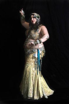 Grace Craft of Craft Fusion Belly Dance (Brownsville, TX). Plus size belly dance ♥