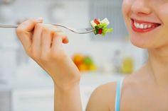 10 Super Foods That Help You Fight Depression ~ LifeBlender   http://lifeblender.com/super-foods-help-fight-depression/