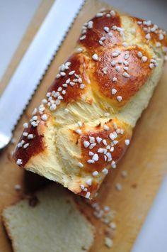 Brioche tressée au sucre (pas à pas) - La popotte de Manue (recette parfaite, bien parfumée à la fleur d'oranger perso)
