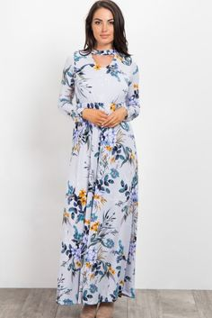 We brought some trendy cutout details to your favorite maxi dress! Featuring a soft, comfortable material and chic style, you're going to fall in love with this maxi. You'll never find anything more perfect to dress in than this amazing floral maxi dress. Style this dress with neutral sandals and a tote bag to create a chic ensemble.