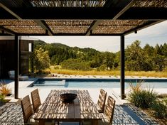 Sonoma Wine Country I developed by Feldman Architecture. Find all you need to know about Sonoma Wine Country I products and more from Bookmarc. Patio Roof, Pergola Patio, Pergola Plans, Pergola Kits, Pergola Ideas, Pallet Pergola, Patio Wall, Backyard, Garage Door Windows