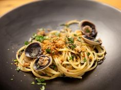 Get Bobby Flay's Linguine and Clams Recipe from Food Network