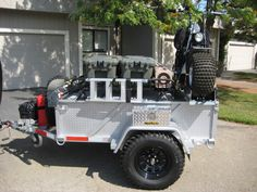 Off road trailer. Notice the tie down points. Bug Out Trailer, Trailer Tent, Off Road Trailer, Trailer Build, Atv Trailers, Adventure Trailers, Adventure Campers, Off Road Camping, Camping Car