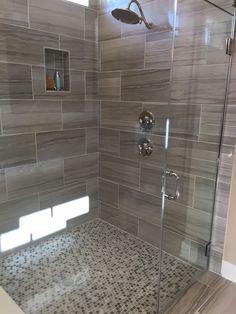 Creative And Beautiful Modern Shower Design Ideas Bathroom Design Small, Bathroom Interior Design, Bathroom Colors, Kitchen Interior, Modern Shower, Modern Bathroom, 50s Bathroom, Mermaid Bathroom, Funny Bathroom