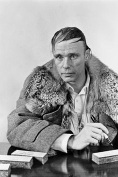 Joseph Beuys Pittore, scultore e artista tedesco Born: 12 May 1921 Dead: 23 January 1986 #artist#art#painting#photo#special#beuys