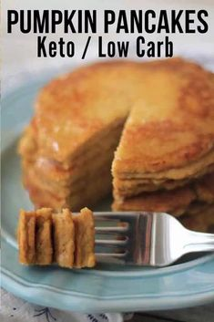 Low Carb Pancakes, Low Carb Breakfast, Breakfast Recipes, Pancake Recipes, Perfect Breakfast, Breakfast Ideas, Coconut Flour Pancakes, Fluffy Pancakes, Bread Recipes
