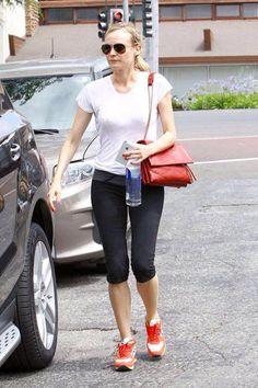 Diane Kruger prefers the running shoes by Atlantic Stars http://www.modadivas.com/Magazine/Default.asp?id_versione=1&Ct=Art.asp&Area=23&Arg=182&Art=3141 #dianekruger atlanticstars