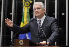 Por Dentro... em Rosa: Senador Roberto Requião fala do impeachment e do g...