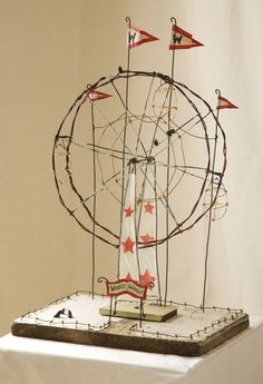 Tammy Smith, WIRE SCULPTURES and interview with the artist